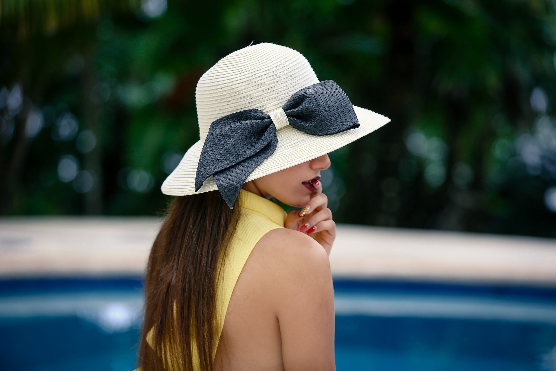 5 אאוטפיטים - לחופשה בים המלח