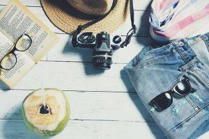 נוסעים לחופשה: מה אורזים לים המלח?